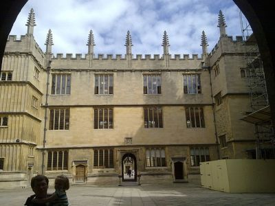 The Bodleian Library viewed from the south entrance