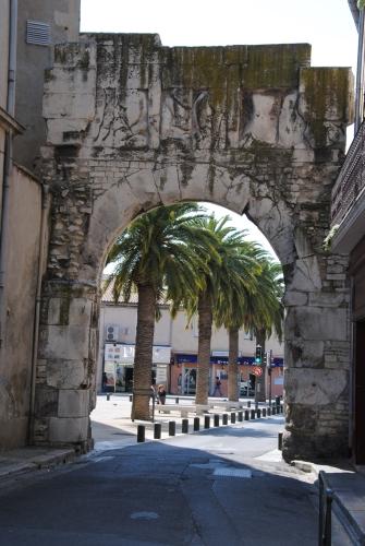 Porte de France, Nîmes