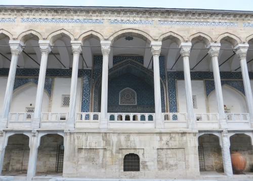 Fascia of the İstanbul Arkeoloji Müzeleri