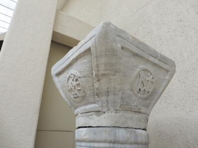 Monograms on a Roman or Byzantine capital in the İstanbul Arkeoloji Müzeleri