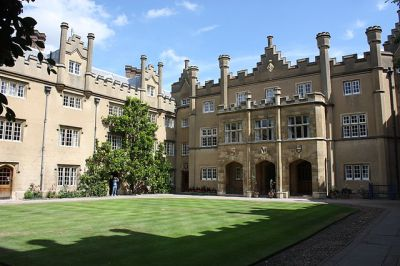 Hall Court, Sidney Sussex College, Cambridge, from Wikimedia Commons