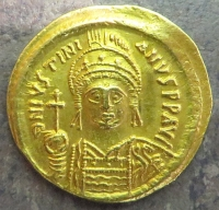 Obverse of a gold solidus of Justinian I struck at Constantinople in 538-565, Leeds, Brotherton Library, Winchester Collection, CC/WC/BYZ/001