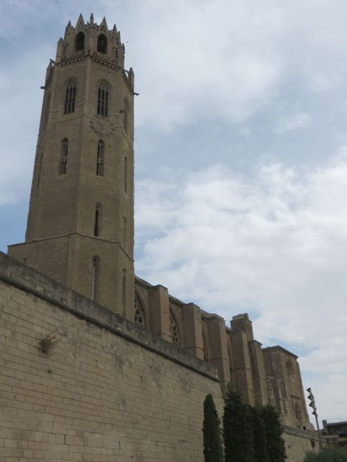 Tower and nave of the Seu Vella de Lleida, from outside and below