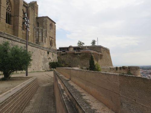 Cloister of la Seu Vella de Lleida and the Castillo del Rey