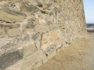 Mixed fabric in the platform of the Castillo del Rey, Lleida