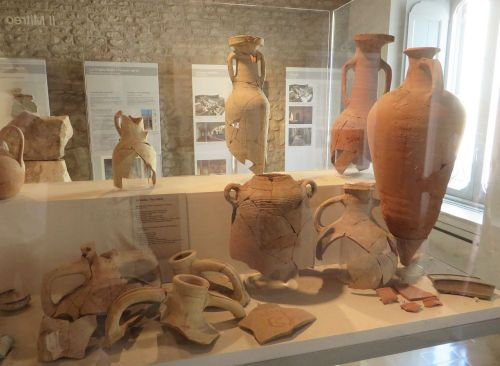 Ceramics retrieved from the erstwhile Mithraeum in the Museo Nazionale Romano Crypta Balbi, Rome
