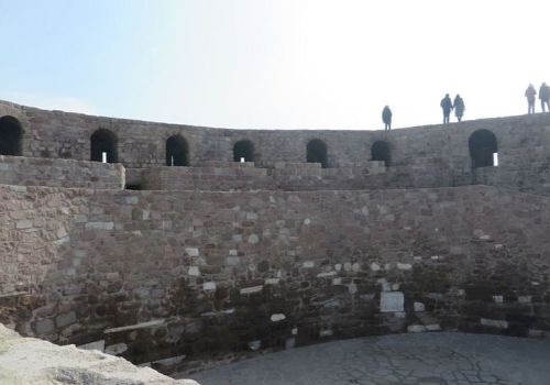 The courtyard of the Şarc Kale viewed from the wall