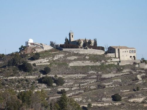 The hill of Castelltallat, including its castle, church and the observatory